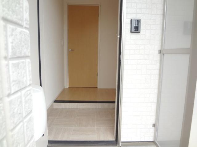 La-recolte 106号室の玄関