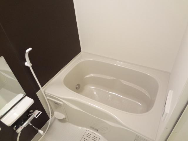 La-recolte 106号室の風呂