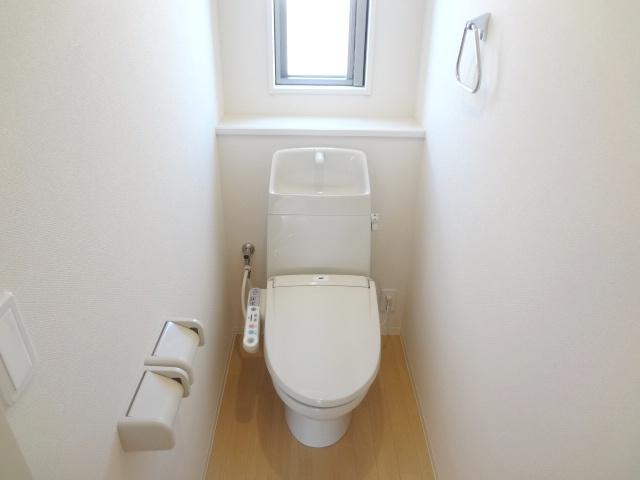 La-recolte 106号室のトイレ
