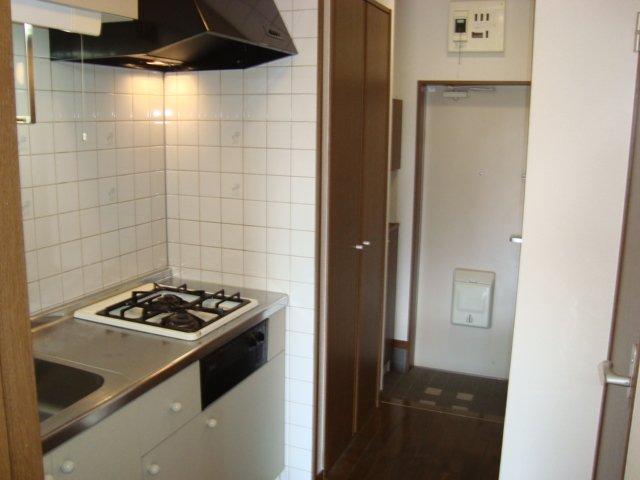 メゾン5 102号室のキッチン
