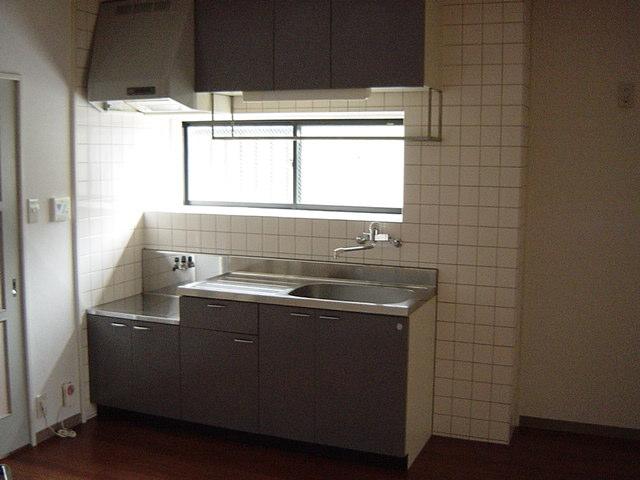 グランチェスタ 00201号室のキッチン