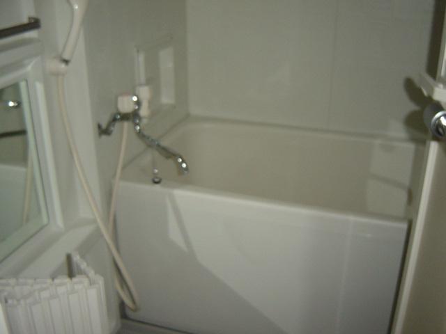 グランチェスタ 00201号室の風呂