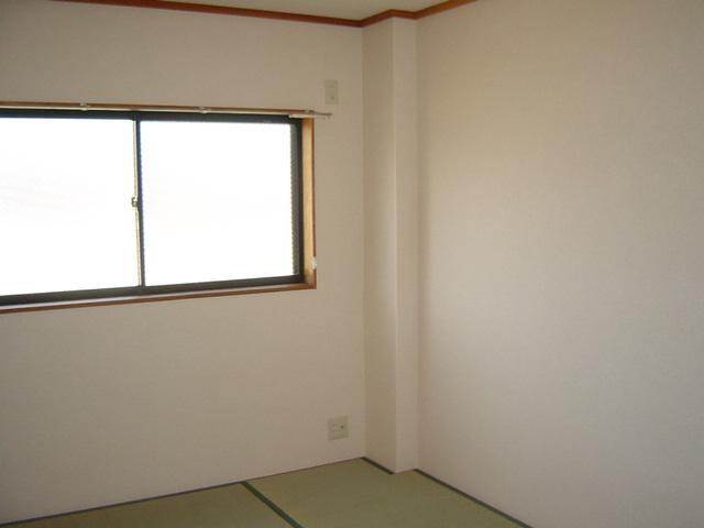 グランチェスタ 00201号室のベッドルーム