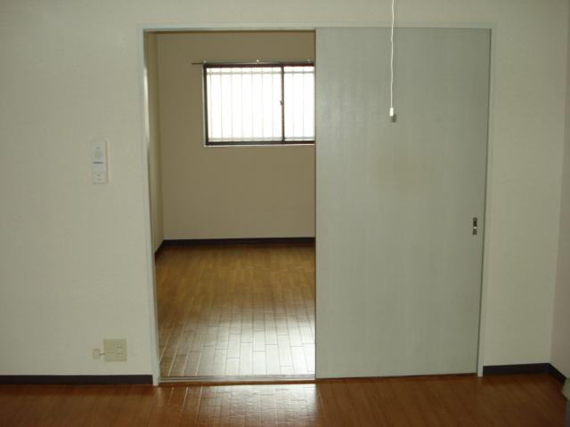 グランチェスタ 00102号室のベッドルーム