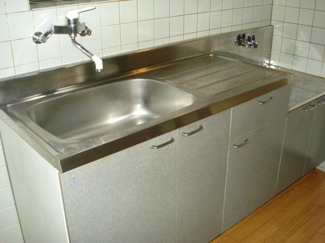 グランチェスタ 00102号室のキッチン