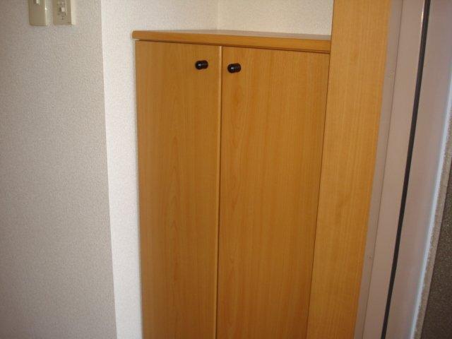樹里庵 102号室の収納