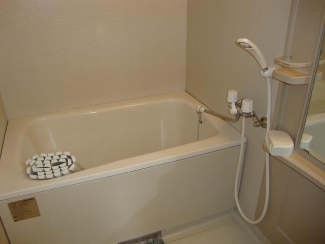 ガーデン鏡池 102号室の風呂