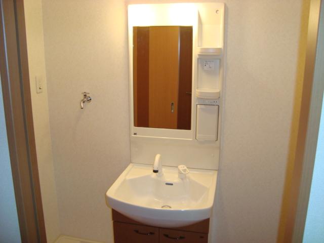 イーストパレス夢見月 102号室の洗面所