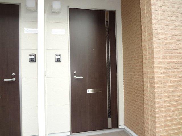ラ サルーテ デュオ 101号室のエントランス