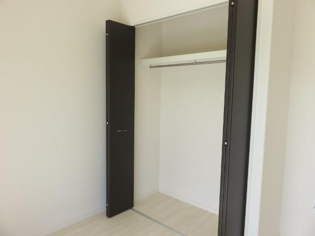(仮称)平塚市紅谷町マンション新築工事 00301号室の収納