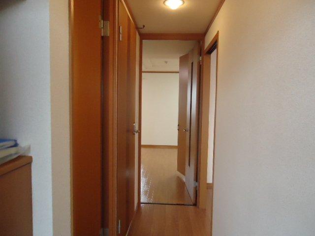 アーバンコートT.B棟 202号室の玄関