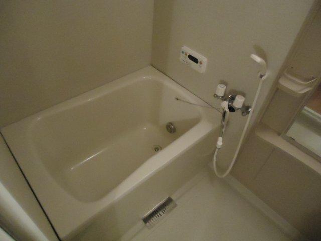 アーバンコートT.B棟 202号室の風呂