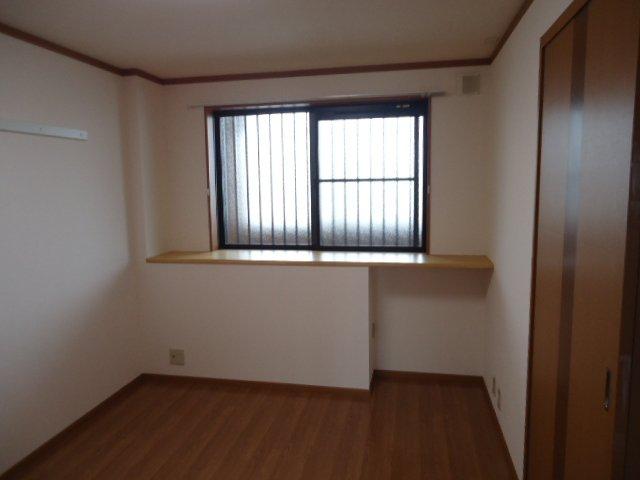 アーバンコートT.B棟 202号室のベッドルーム