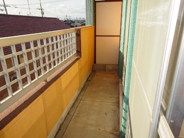 ロイヤルコープM 00301号室のバルコニー