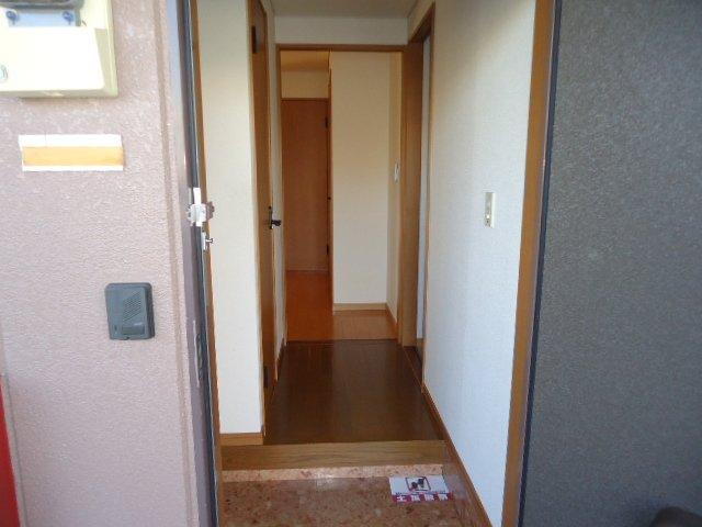 リビエール 202号室の玄関