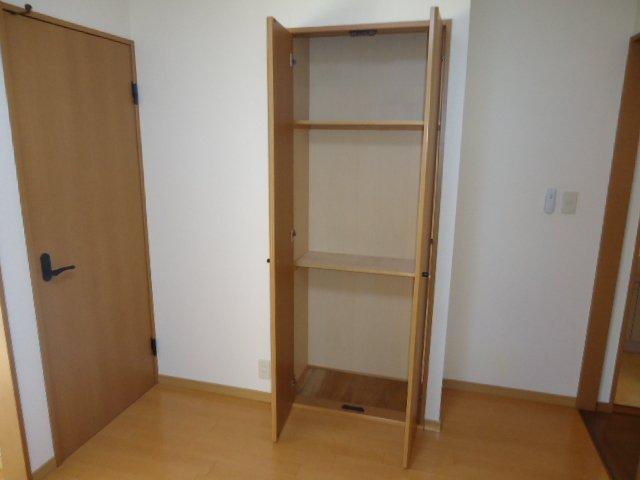 リビエール 202号室の収納
