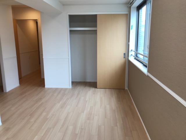 フローラ小石川 301号室のリビング