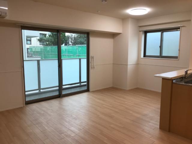 フローラ小石川 208号室のリビング