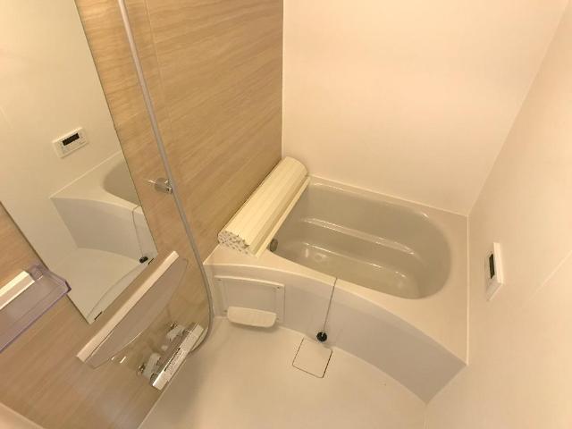 新作新築アパート 102号室の風呂