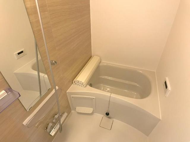 新作新築アパート 203号室の風呂