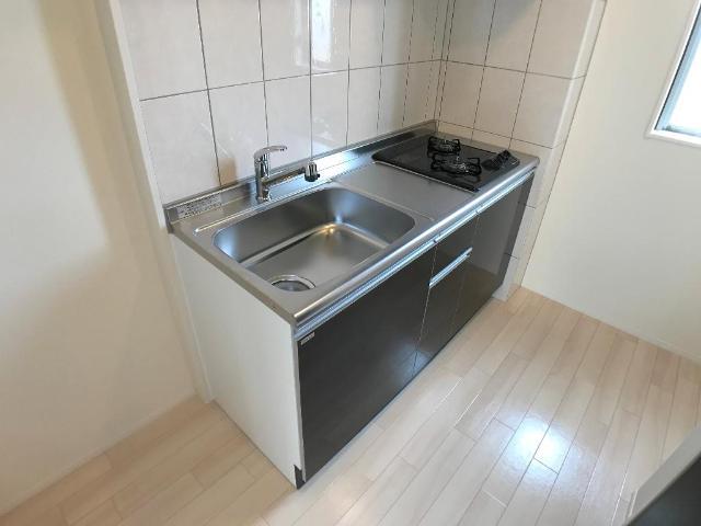新作新築アパート 203号室のキッチン
