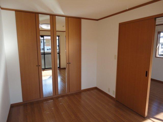 ディアコーポSUZUKI 201号室の居室