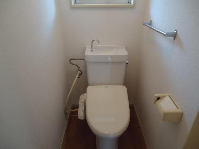 サンコーポ 00103号室のトイレ