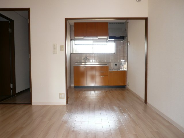 プロニティ杉山Ⅱ 101号室のリビング