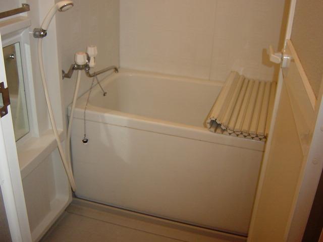 グリーンフィールド作野ヶ丘 201号室の風呂