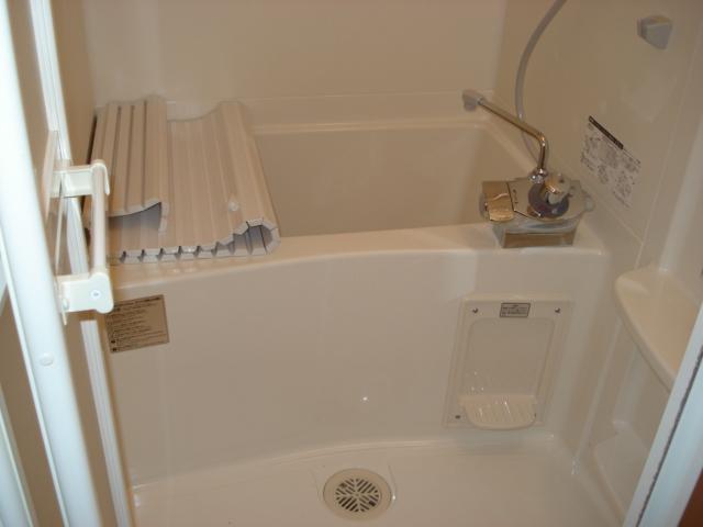 プロニティー 202号室の風呂