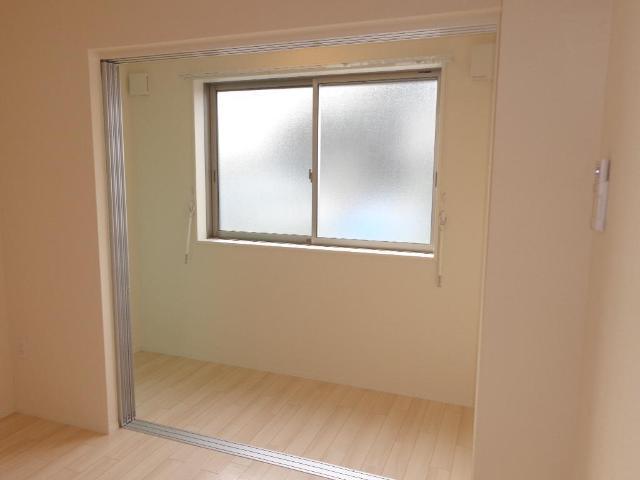 リベルタS 202号室のバルコニー