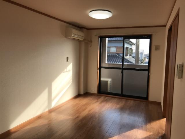 サン・ビレッジM 202号室の景色