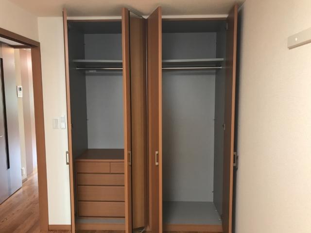 パークサイド U 102号室の収納