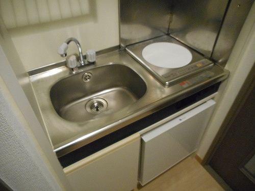 ライオンズマンション北千住第5 104号室のキッチン