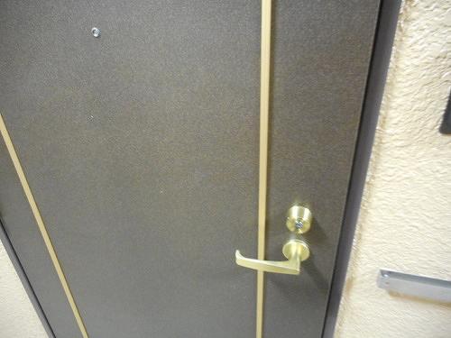 ライオンズマンション北千住第5 104号室の玄関