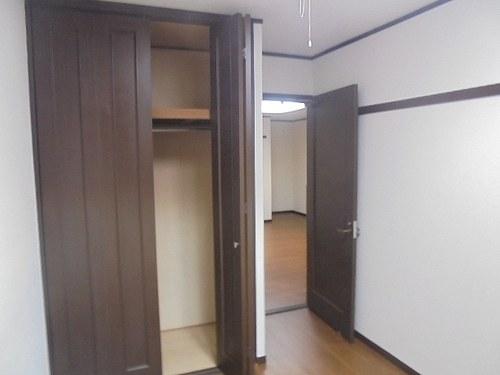 ライオンズプラザ宇栄原 103号室の収納