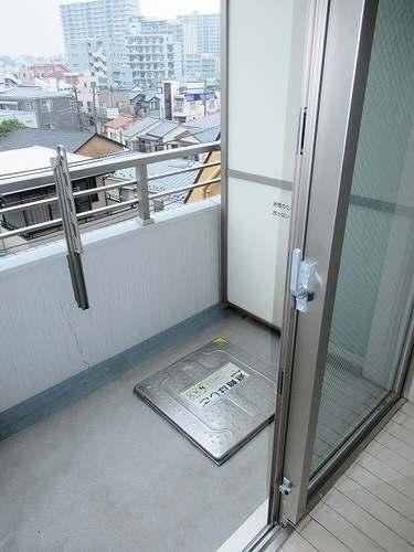 レクシオシティ王子神谷 502号室のバルコニー