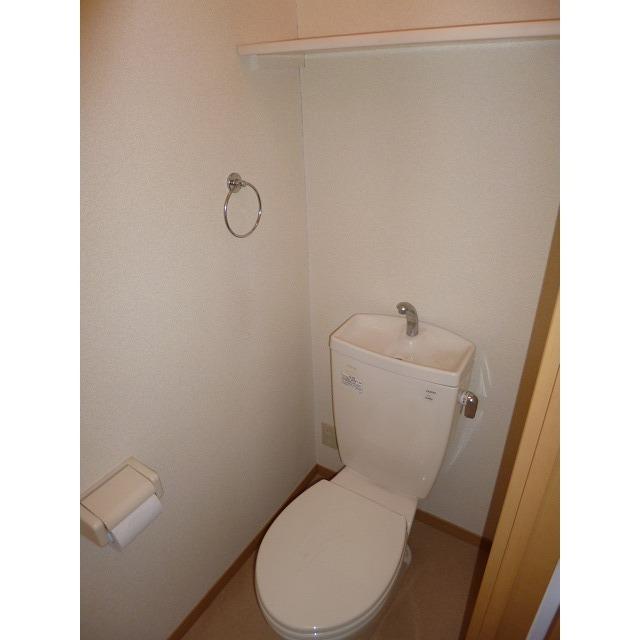 アムール 本郷台 204号室のトイレ