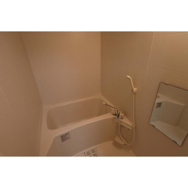 アンプルール リーブルK・Yヒルズ 201号室の風呂