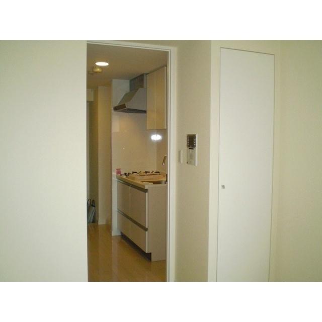 コンフォリア春日富坂 0610号室のリビング