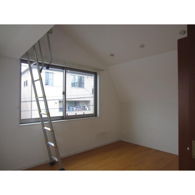 上池台3丁目貸家の居室