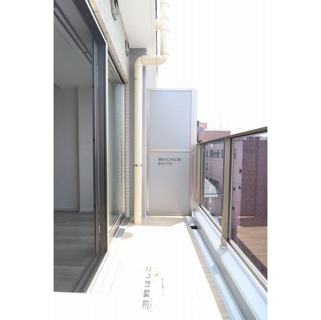 ジオエント巣鴨 0601号室のバルコニー
