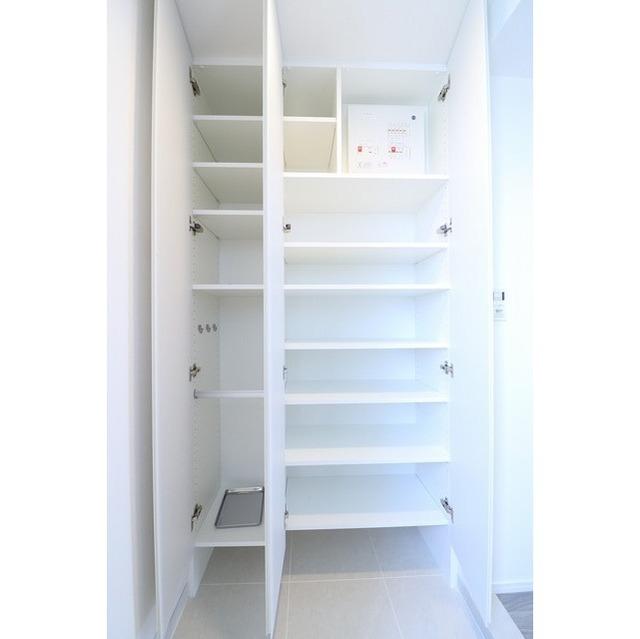 ジオエント巣鴨 0804号室のキッチン
