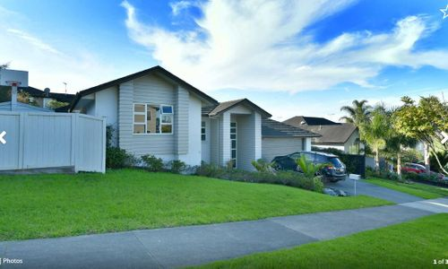 Silverdale, 6 Laura Jane Drive Price by Negotiation