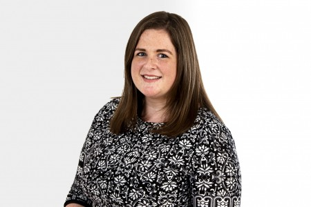 <strong>Our Guildford office welcomes another new recruit – Longbow wielding Aine Bourke</strong>}