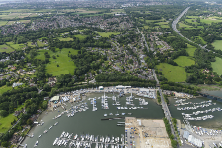 <strong>Vail Williams secures sale of Deacon's Marina</strong>}