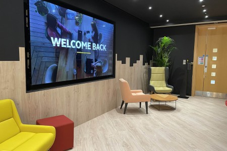 <strong>Jabra signs up to The Curve at Langley</strong>}