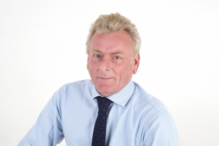 <strong>Rugby loving amateur sports commentator, Sean Kaufmann joins commercial property acquisition team</strong>}