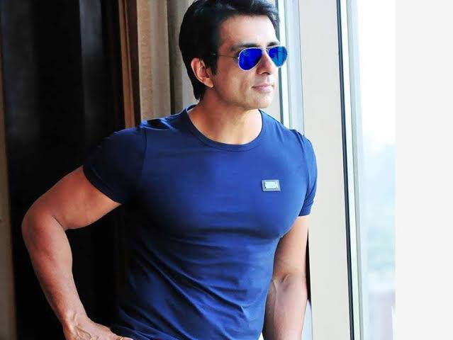 Bombay High Court dismisses actor Sonu Sood's petition challenging BMC notice on illegal construction at his residence