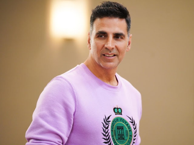 akshay kumar revealed on the kapil sharma show why he doesnt attend bollywood parties